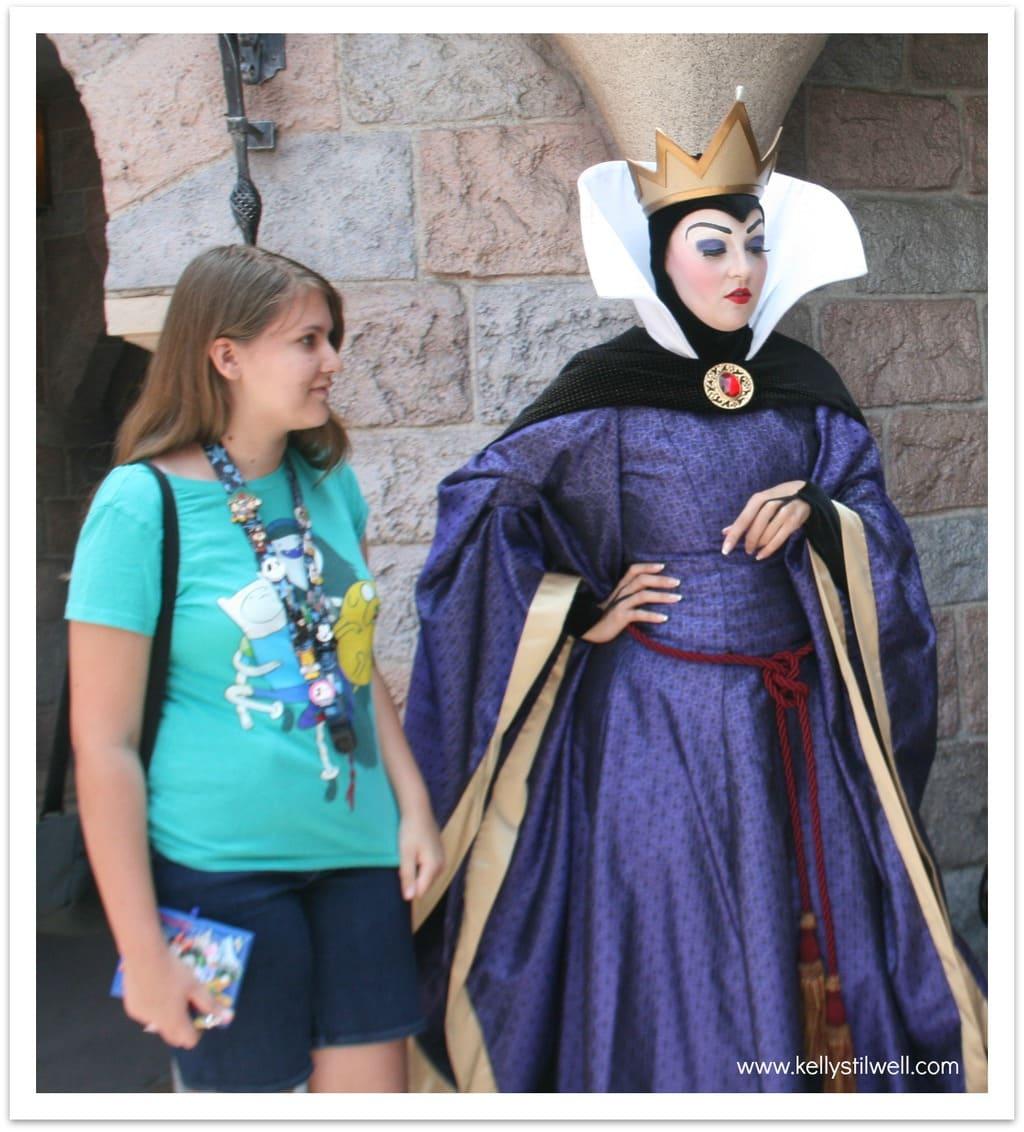 Evil queen character spot at disneyland food fun - Evil queen disney ...