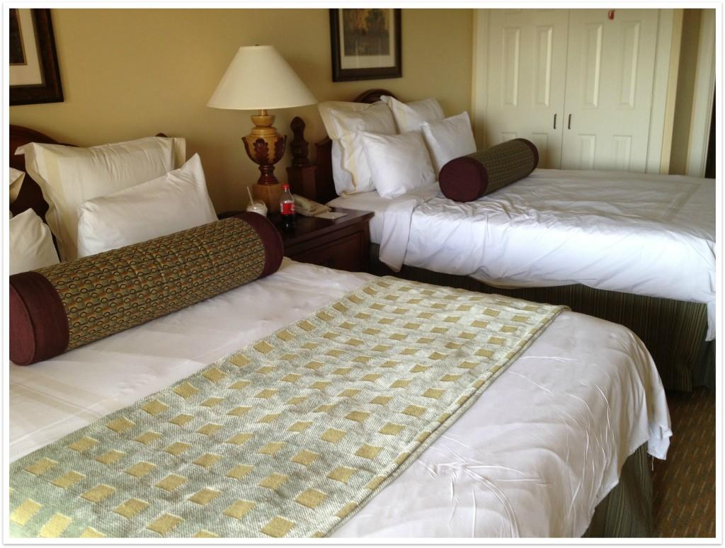 orlando resorts bedroom