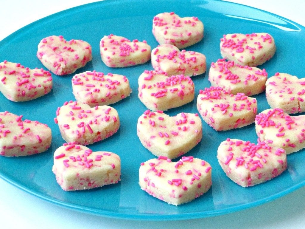 These Valentine's Day Desserts are so much fun to make. Though Valentine's Day was created as a day to celebrate romance for couples, it's really always been a fun holiday for kids, too.