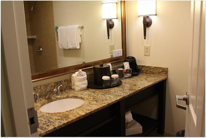 citrus bathroom 2