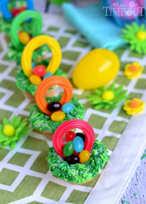 Searching for Easter cupcake recipes? You've found them! Aren't cupcakes just the best dessert? No utensils needed. Just pass the napkins!