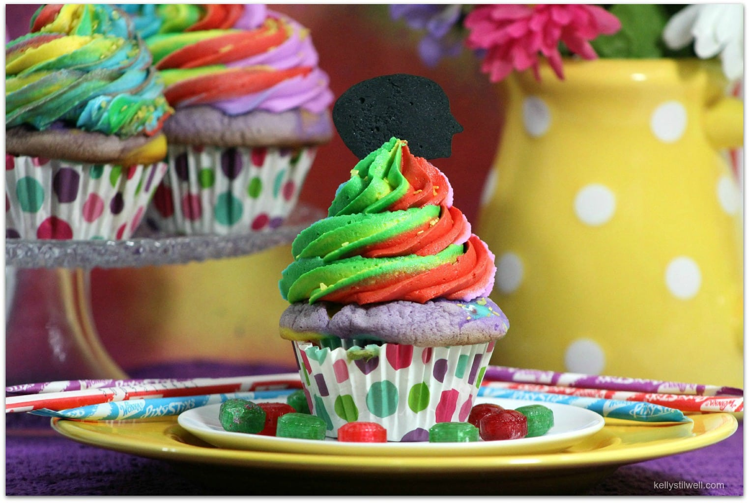 Disney coloring inside out - These Cupcakes Are The Perfect Recipe For A Disney Pixar Inside Out Celebration The Full