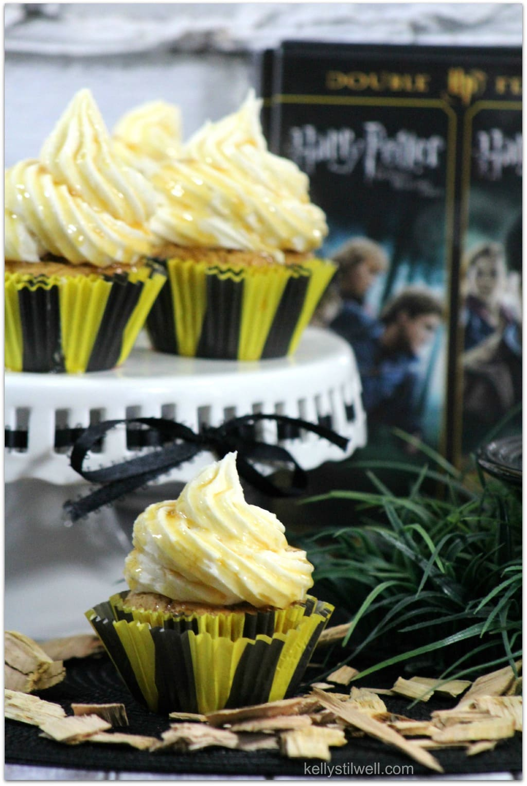 Harry Potter Butterbeer Cupcakes Food Fun Amp Faraway Places