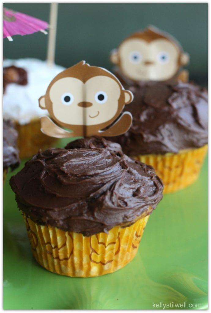These cupcakes were made in celebration of the release of Disneynature's Monkey Kingdom, but would be great for a birthday party or class party, too. The recipe is easy, but the fondant takes a little practice. 2 or 3 tries and you'll get it!
