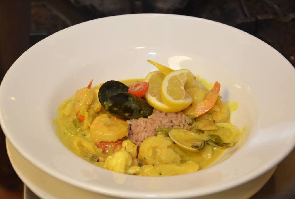 curry-seafood-1024x692