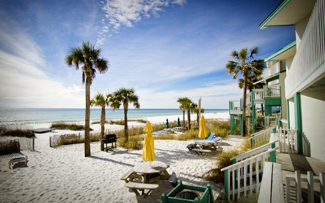 Sandpiper Beacon Beach Resort is the perfect getaway for a family, a couple, or a group. With a lot of room choices, fun activities and a few options for food right on site, you won't need to leave the property unless you want to investigate Panama City Beach!