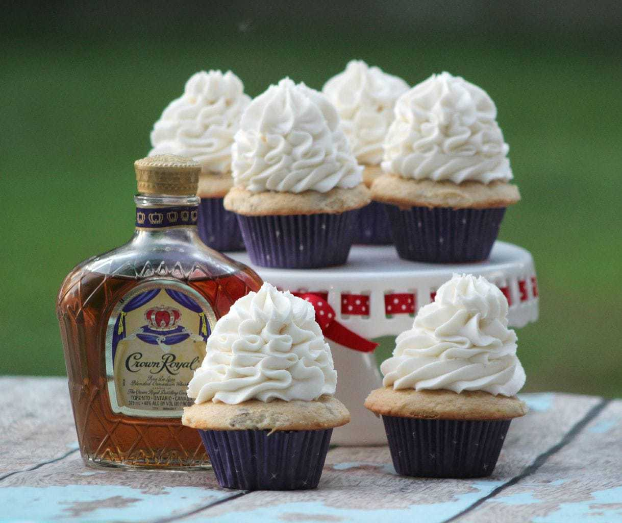 Crown royal butter pecan cupcakes food fun faraway places forumfinder Images