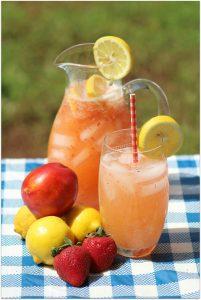 Strawberry Nectarine Lemonade