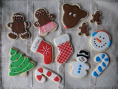 Looking for amazing Christmas sugar cookies to make this year? I'm sharing some of the best holiday sugar cookies I've found so far!