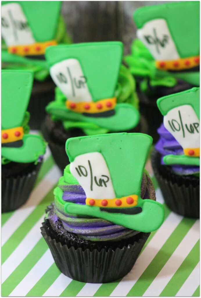 Who's excited for Alice Through the Looking Glass? I can't wait! These Mad Hatter Cupcakes would be so much fun at an Alice party! The recipe is a little tedious, but anyone can do it! Surprise your friends and family! Add some fun finger food appetizers and end the night with this special dessert!