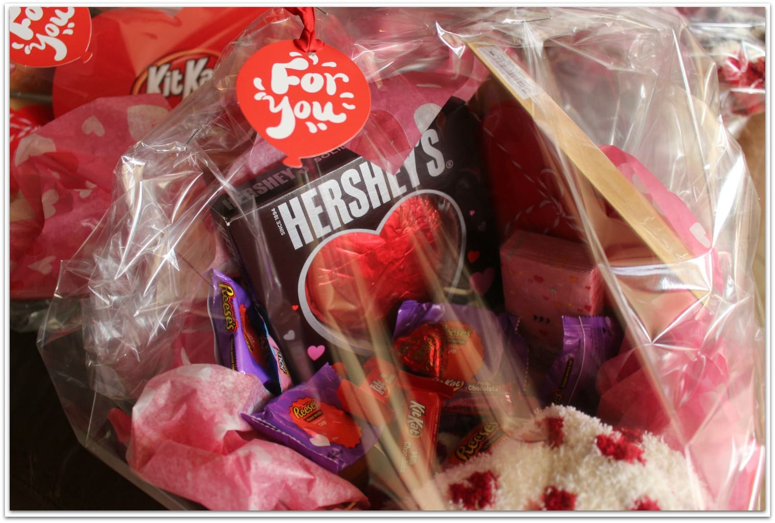 This Valentine's Day basket tutorial shows you how easy it is to make up a basket for your kids or even a friend who might need a little encouragement. Why should Easter get all the love?