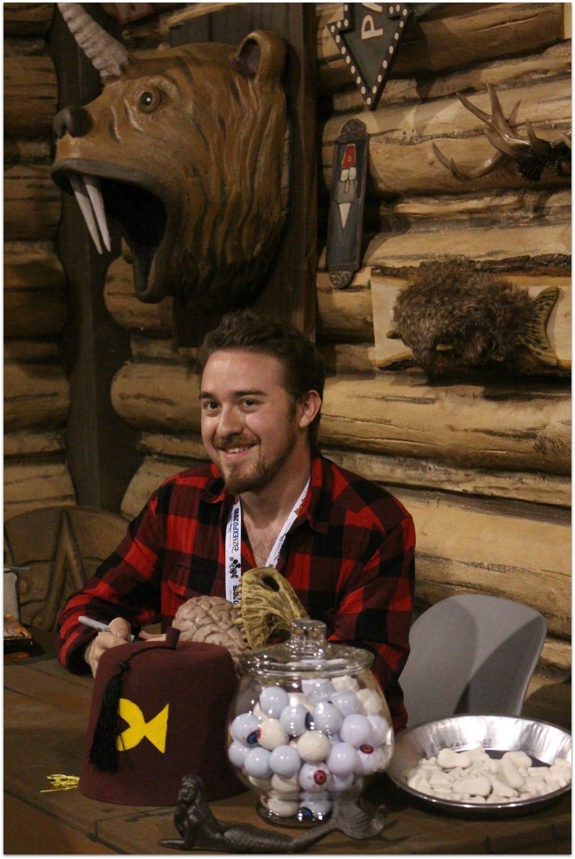 Meeting Alex Hirsh, Creator of Gravity Falls - Food Fun