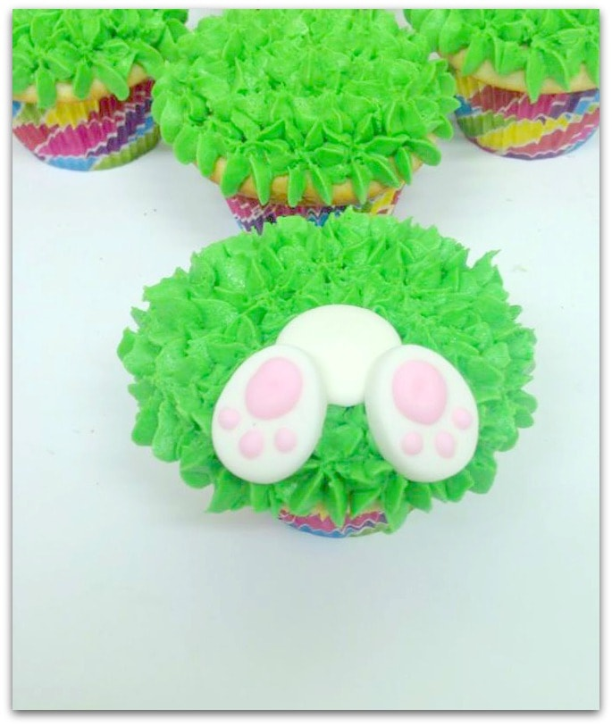 These adorable bunny butt cupcakes are perfect for your family Easter gathering and a fun dessert for a class party, too. This recipe is fairly easy, and your guests will be impressed with how cute they are! If you're not hosting this year, surprise your host with this sweet dessert!