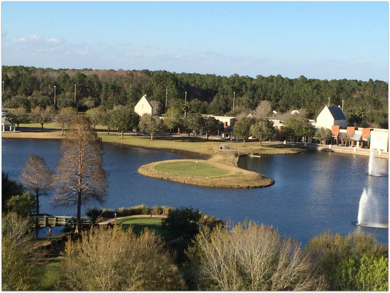 The Renaissance World Golf Village is always such a pleasure. With a choice of a standard guest room, a junior suite, or a one bedroom suite, there is a room that works for just about everyone.