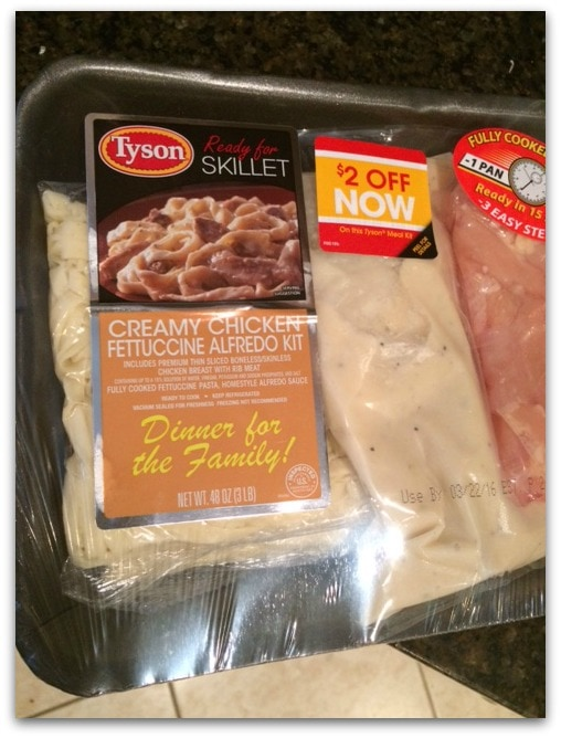 This Tyson Ready for Skillet Creamy Chicken Alfredo is a perfect family meal for a busy night!