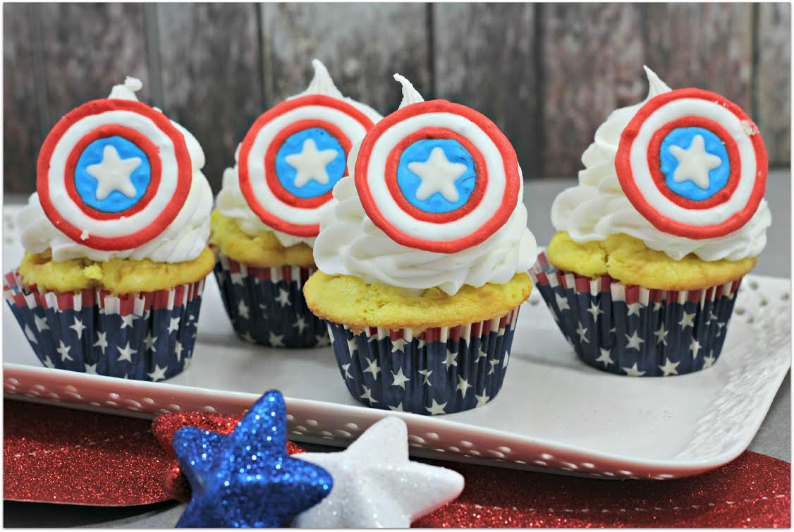 Who will you choose? Captain America or Iron Man? Either way, these cupcakes are so delicious! The perfect dessert for your party