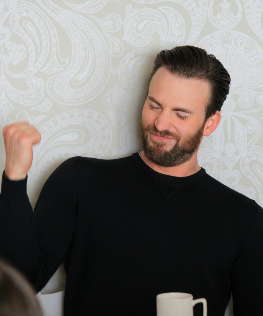 I still can't believe I was interviewing Chris Evans just a couple of weeks ago. I know. Fangirl time. And let me say, rightfully so. Because this guy is the real deal. He is so kind, so sweet, so considerate, and SO funny! Oh- and SO handsome!