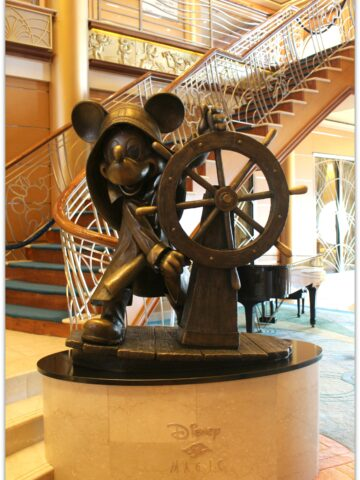 The Disney Magic Cruise Ship is so amazing! Forgive the cliché, but magical is the only way to describe sailing with Disney! Every moment of your trip is thought out, from excursion opportunities to rest and relaxation.