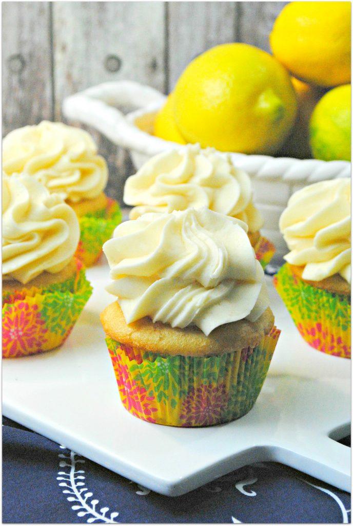 Lemon-chiffon-cupcakes