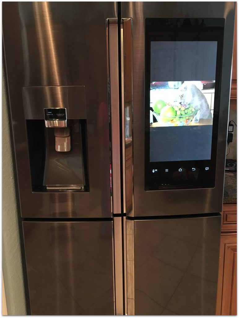 14 reasons to love the samsung family hub refrigerator food fun faraway places. Black Bedroom Furniture Sets. Home Design Ideas