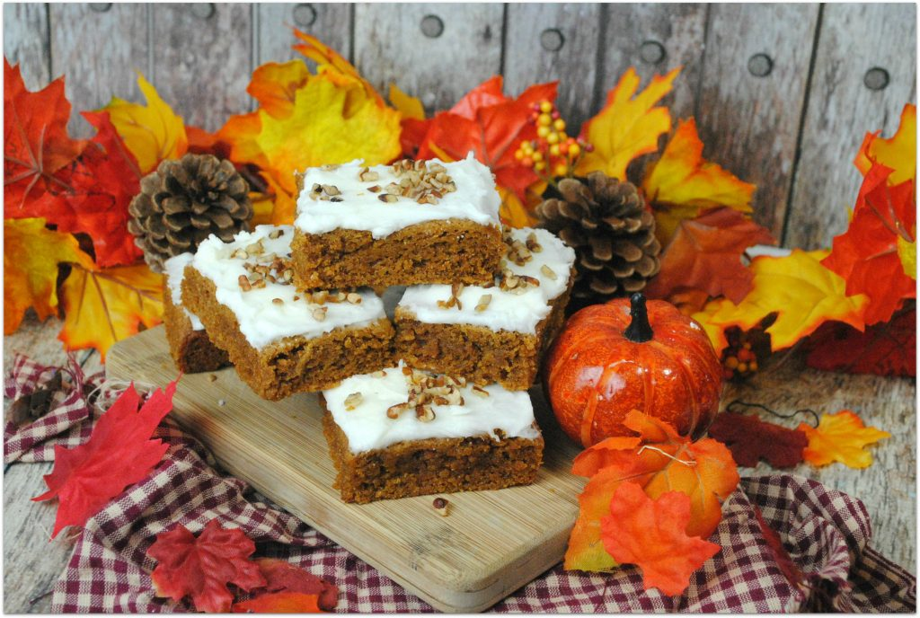 Isn't fall just the best time of year for food? I love all the autumn fruits and vegetables. Apple pie, apple turnovers, and pumpkin or butternut squash anything!