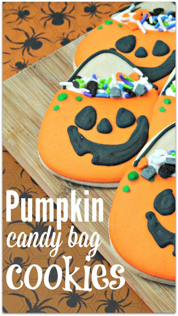 I don't know why I've never thought of making Halloween Pumpkin Candy Bag Cookies. It's such a creative idea for celebrating a fun holiday!