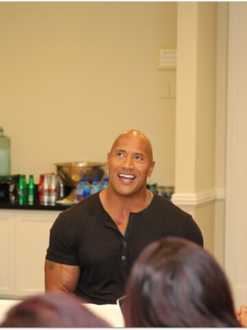 When I found out I would be interviewing The Rock, Dwayne Johnson, I may have squealed a little. I hope you've been enjoying the exclusive look into the Moana red carpet event and my thoughts on the movie.