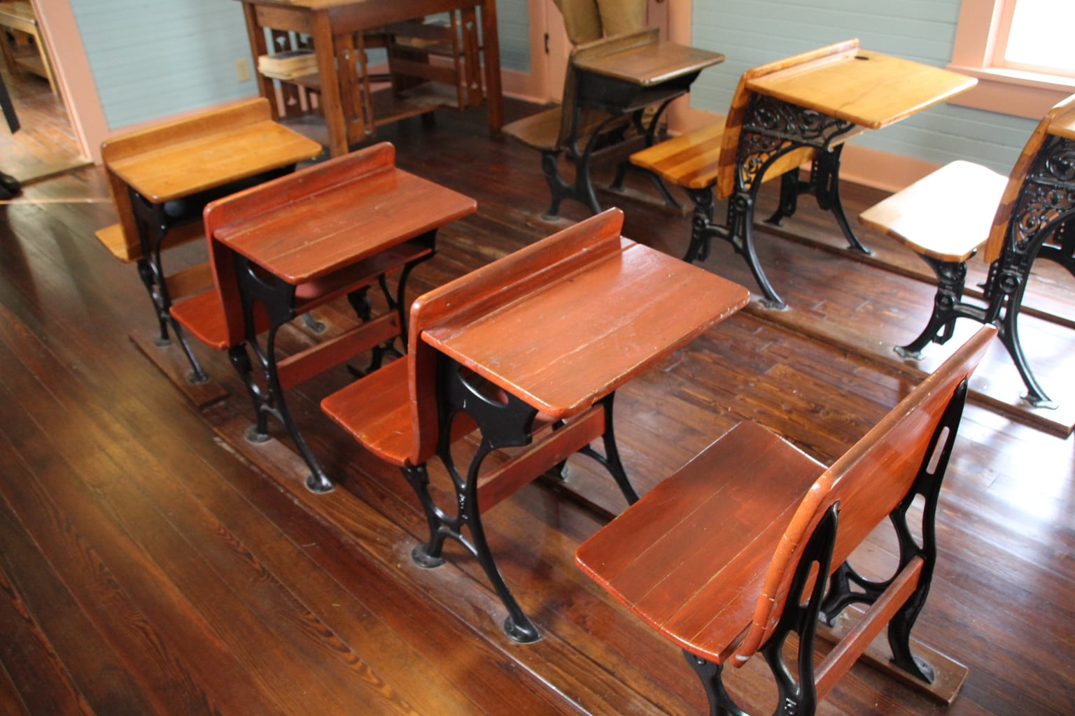 Speaking of homesteaders, your kids will enjoy seeing what a schoolhouse looked like in the early 1900s at The Donald Schoolhouse.