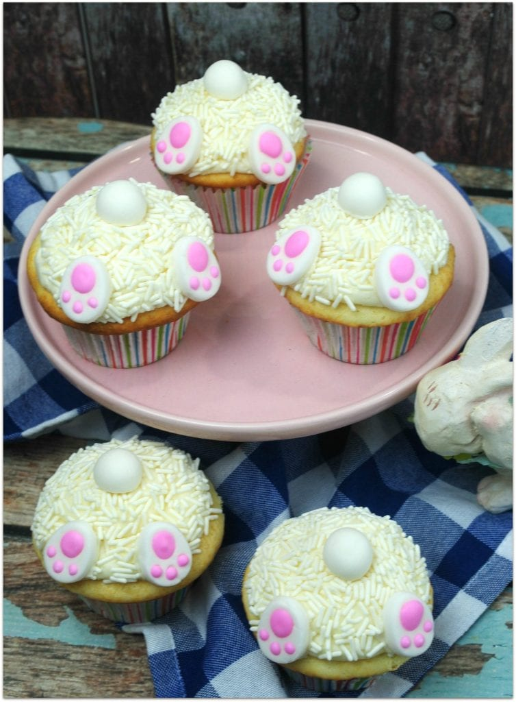 Looking for the most adorable easy Easter desserts? You've just found them!