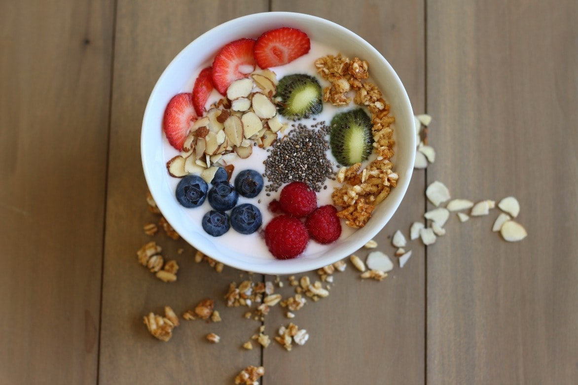 Who doesn't love the deliciousness of a Very Berry Smoothie Bowl? So easy and better for you than a typical breakfast or snack, this is a way to start making little changes that could impact the way you feel.