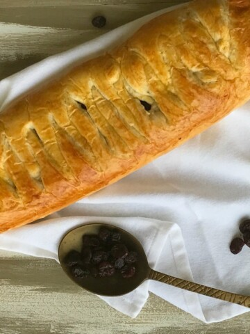 This Cranberry and Brie Braid is one of my go-to recipes for a party. It's easy elegant and so delicious.