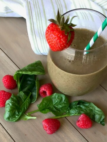 This Berry and Spinach Smoothie is SO good! Who knew something so delicious could be good for you, too? Full of spinach and berries, you'll also be getting much-needed nutrients for healthy eyes.
