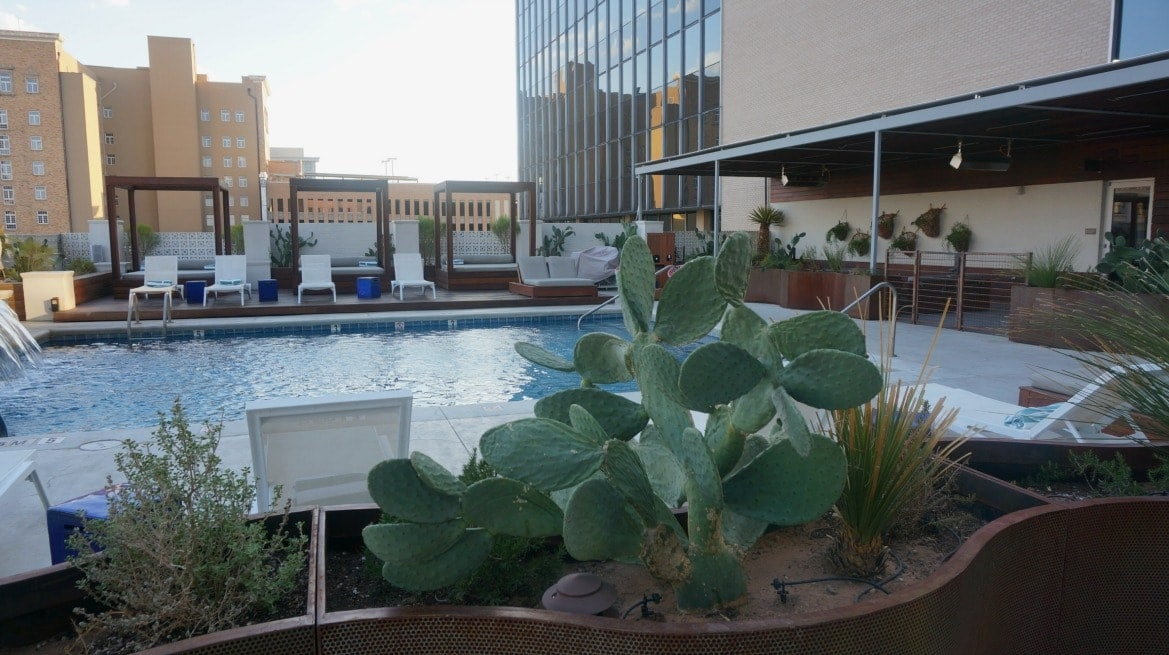 If you planning on visiting El Paso Texas for business or pleasure you can't go wrong with a stay at the Hotel Indigo located right downtown. This property beautifully combines mid-century architecture with contemporary design.