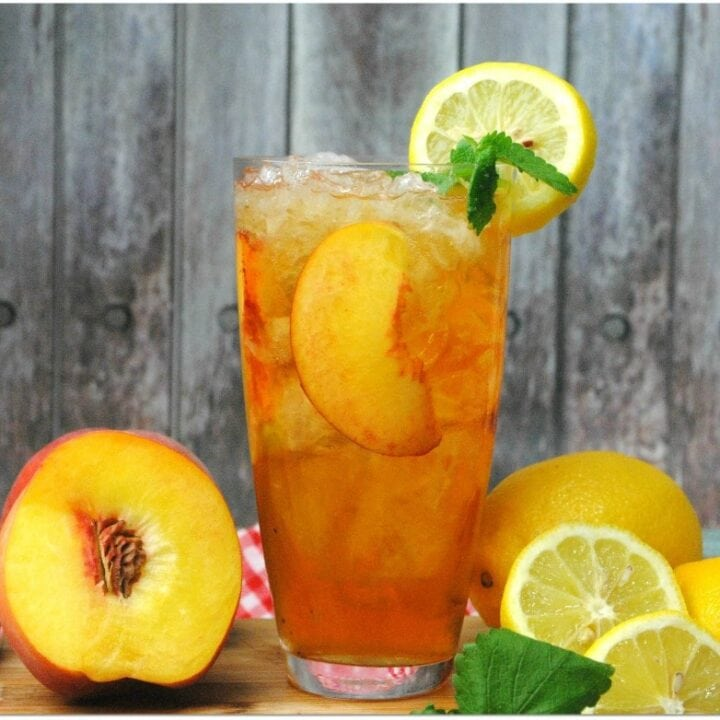 If you love an Arnold Palmer, you've got to try this Spiked Peach Arnold Palmer cocktail. Made with fresh peach, rum, vodka, sweet tea and lemonade, this cocktail screams summertime!