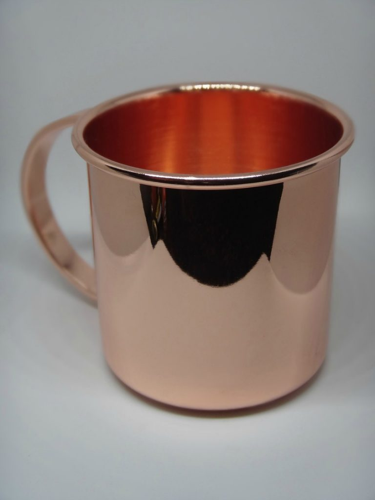 It's beginning to look a lot like Christmas parties! What could be more festive than a Cranberry Moscow Mule?