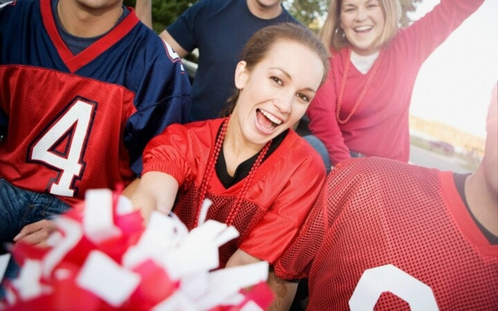 It's tailgating season and that means it's party time! And what could be easier than nopreptailgating food?