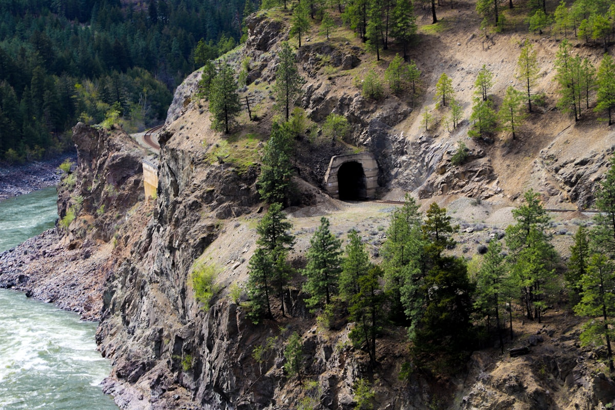 Tunnel in mountain.