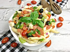 What's better than pizza and pasta? Combining them to make a healthier delicious pizza and pasta salad, even coming in at 3 Weight Watchers Smart Points!
