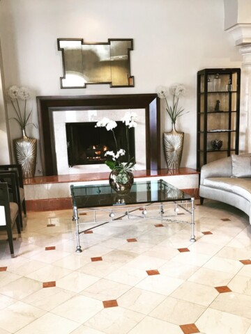 Knowing where to stay in Santa Barbara, California, will help to make your trip an amazing one.The Montecito Inn, located in the community of Montecito in Santa Barbara, is a perfect choice for your visit.