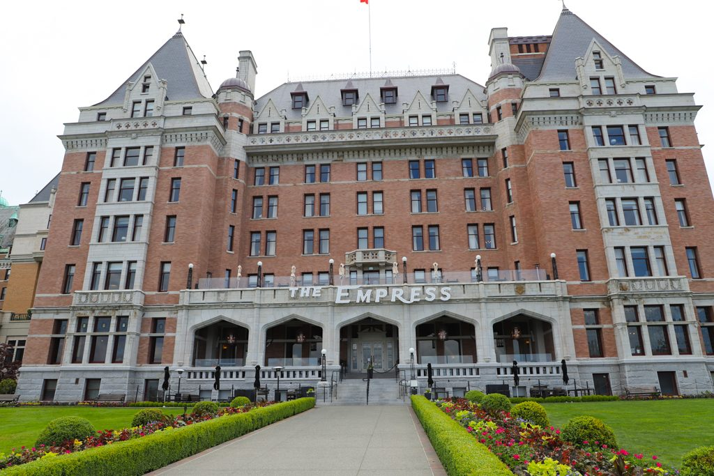 Earlier this year I had the pleasure of staying at the Fairmont Empress Victoria. You have a lot of choices when it comes to staying in this capital city of British Columbia located on the southern end of Vancouver Island, but the amenities, service, and history of the Fairmont Empress will win you over again and again.