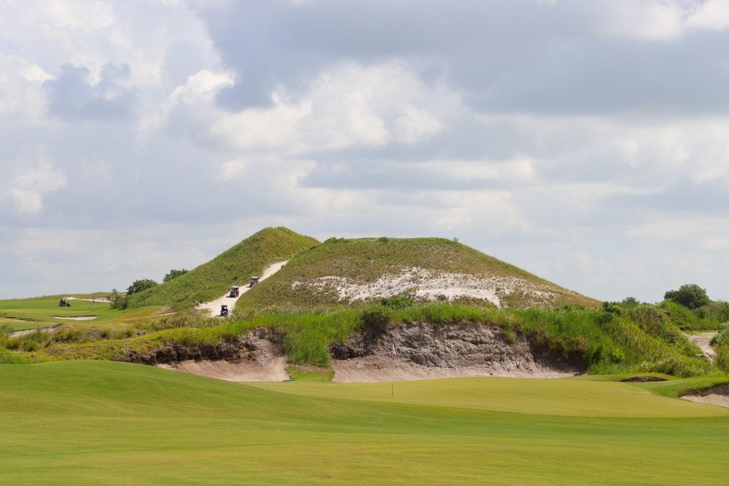You've probably heard of Streamsong Resort if you're a golfer or have ever researched a luxury resort in central Florida. Driving down Walker Road in Polk County, you would never know you were about to enter the grounds of this stunning property.