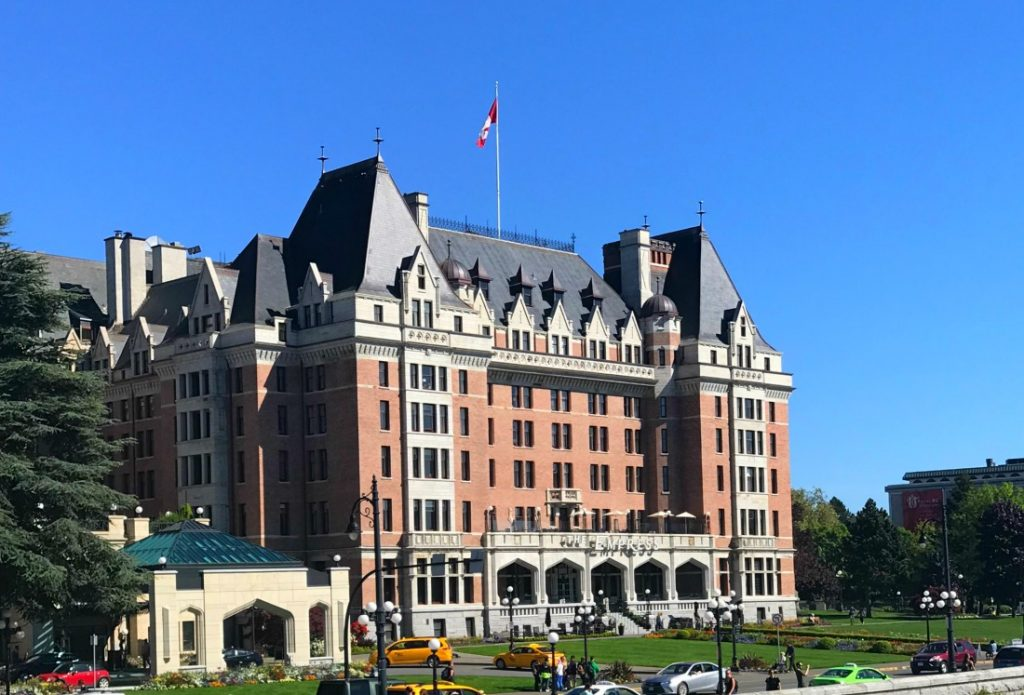 You have a lot of choices when it comes to staying in this capital city of British Columbia located on the southern end of Vancouver Island, but the amenities, service, and history of the Fairmont Empress will win you over again and again.