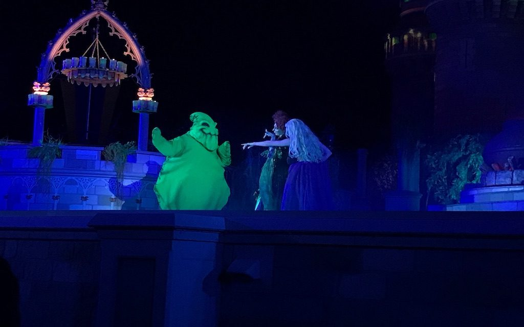 It may seem early, but theMagic Kingdom park in Orlando Florida has been ghoulishly decorated and beginning to feel like Halloween!