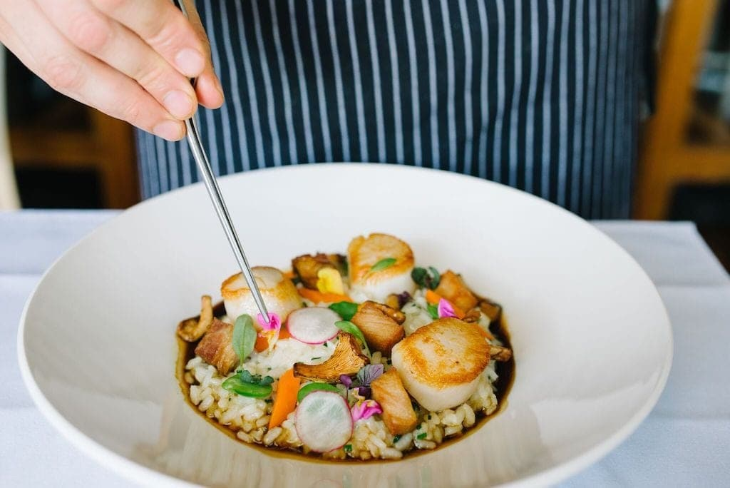 If you're looking for the most delicious food in Victoria, I have some ideas for you. Victoria has some of the best food in the entire world.