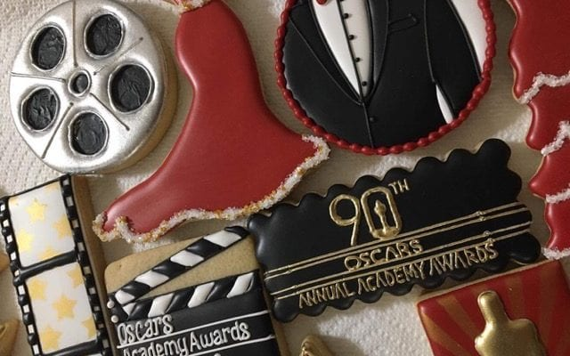 6 Steps to Hosting an Oscar Party