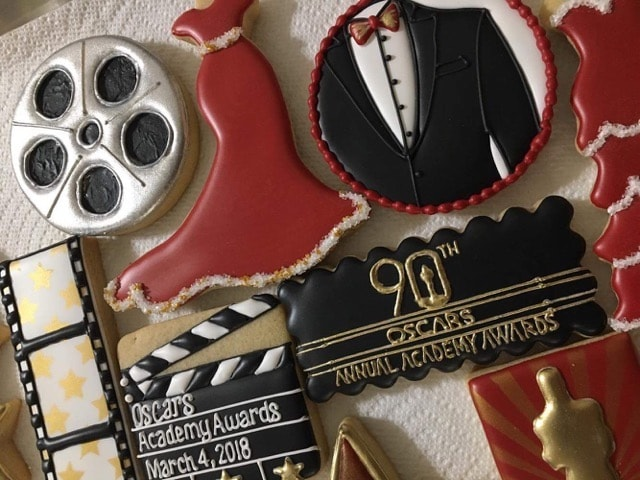 Have you ever been to an Oscar Party? Since I was a little girl, I have been obsessed with Oscar Night.