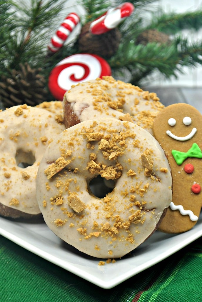 What could be better than a gingerbread donuts on Christmas morning?