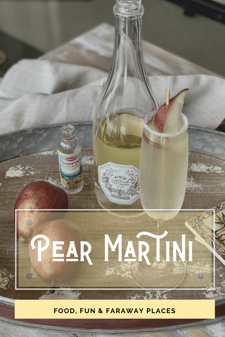 This pear martini recipe is for those of you who don't really like the taste of alcohol! Made with sparkling wine, muddled pear, and a pear liqueur