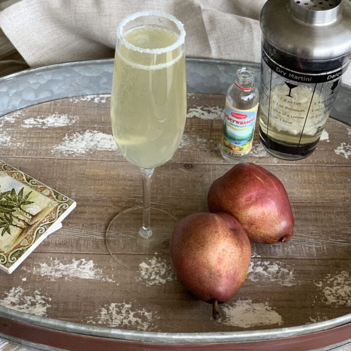 This pear martini recipe is for those of you who don't really like the taste of alcohol! Made with sparkling wine, muddled pear, and a pear liqueur, it's delightful!
