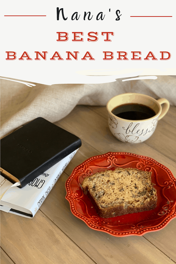 This Ultimate moist banana bread is one of my favorite recipes from my mom. I hope you love it, too! #bananabread #breakfastbread #MothersDay
